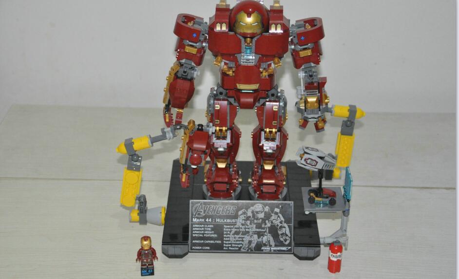 单反毁一生,LEGO穷三代 篇107:LEGO 乐高 复仇者联盟 76105 反浩克装甲 奥创纪元版